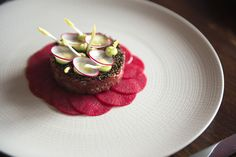 Steak tartare of dry aged Irish beef prime fillet with pickled radish, wasabi and quinoa Chef Recipes, Vegetarian Recipes, Cooking Recipes, Pasta Recipes, Ceviche, Wasabi Recipes, Tartare Recipe, Soup Starter, Irish Beef