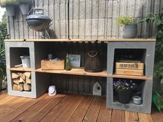 Outdoorregal aus U-Steinen diy decoration small spaces Outdoorregal Small Outdoor Kitchens, Outdoor Shelves, Modern Shelving, Outdoor Gardens, Outdoor Living, Pergola, New Homes, Home And Garden, Backyard