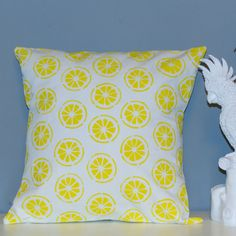 Handmade yellow lemons pillow. This design is made from a heigh weight 40% cotton 60% linen fabric, and is designed to fit nicely onto a 45 x