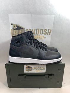 new product e6644 95ed0 Nike Air Jordan 1 Retro High Anthracite Black White 332148 004 Shoes Size  7.5Y  Nike  BasketballShoes