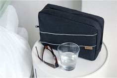Capventure : ON-THE-ROAD TOILET BAG MID-STAY GY