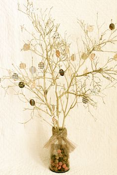 Thankful tree...Love this. Each day in November, each family member jots down something they're thankful for & hangs it on the tree. By Thanksgiving Day, the tree is full. You can save them for next year, or create new ones every year as new blessings occur!