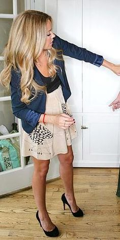 Photo only - I wish I could find out where to get this dress! :/