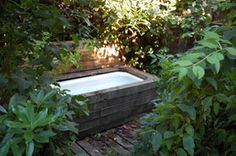 outdoor bathtub - Is this too weird? Not sure if I want to bathe in it or make it a fish pond