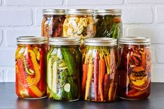 This tutorial teaches you How-to Make Quick Pickled Veggies, the perfect way to savor the flavors of summer, for just a little bit longer! Just 20 minutes.