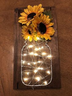 Sunflower fairy light stitch art – Diy Baby Deco – rustic home diy Sunflower Room, Sunflower Bathroom, Sunflower Gifts, Sunflower Home Decor, Sunflower Decorations, Sunflower Wedding Favors, Sunflower Weddings, Sunflower Design, Cute Room Decor