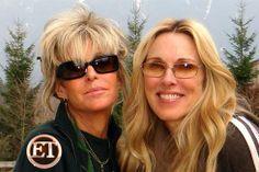 Farrah and Alana Farrah Fawcett, Flawless Beauty, Sunglasses Women, Celebs, Angels, Fashion, Celebrities, Moda, Fashion Styles