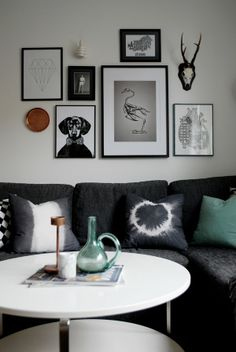 Gallery wall frames, frames on wall, gallery walls, living room update, diy Decoration Inspiration, Inspiration Wall, Interior Inspiration, Interior Design Living Room, Living Room Designs, Home Decor Wall Art, Room Decor, Interior Design Help, Interior Decorating