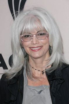 Emmylou Harris Investigated For Alleged Hit And Run