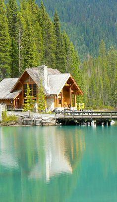 Romantik pur, Emerald Lake Lodge, Emerald Lake, Yoho National Park, British Clumbia, Kanada (Foto von SK-Kunde U. Blaesche) #EmeraldLakeLodge, #EmeraldLake, #YohoNationalPark, #BeautifulBritishColumbia, #Kanada