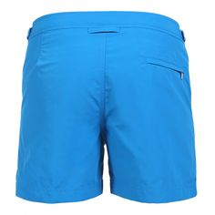 SETTER MID-LENGHT BOARDSHORTS COLOR LIGHT BLUE Light-blue nylon SETTER mid-length boardshorts. Two front pockets. Zippered back pocket. Side adjustable strings. Interior snap button closure and zipper. Internal net. COMPOSITION: 100% POLYAMIDE internal net 100% POLYESTER. Model wears size 32 he is 189 cm tall and weighs 86 Kg.