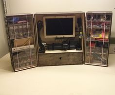 The Triptych - A Portable Arduino Workshop Portable Workstation, Portable Workbench, Electronic Workbench, Pi Projects, Arduino Projects, Project Ideas, Box Maker, Hobby Electronics, Electronic Engineering