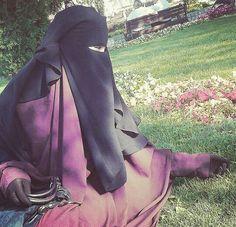 Softly Beautiful in Purple Jilbab and Long Double Layer Niqab