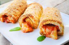 Cannoli di pancarre al forno con mozzarella e pomodoro, ricetta facile, veloce, antipasto, secondo, stuzzichino, idea feste, buffet, involtini sfiziosi in poco tempo
