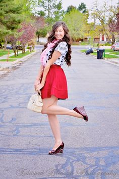 Preppy Style with Polka dots and red flared skirt (preppy style, polka dot shirt, red skirt, flared skirt, wedges, bag, long curly hair, hairstyles, hair ideas,)