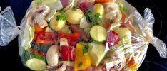 Łopatka wieprzowa pieczona z warzywami - bez tłuszczu - Blog z apetytem Kitchen Recipes, Cooking Recipes, Healthy Recipes, Mediterranean Diet Recipes, Roasted Vegetables, Food Design, Easy Meals, Food Porn, Dinner Recipes