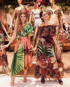 All Details You Need to Know About Home Decoration - Modern Beach Party Outfits, Party Dress Outfits, Themed Outfits, Havana Nights Dress, Havana Nights Party, Hawaiian Outfit Women, Hawaiian Party Outfit, Havanna Party, Tropical Outfit