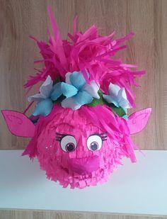 Christmas Piñata, Christmas Ornaments, Birthday Pinata, School Projects, Business Marketing, Holiday Decor, Party, 3d, Shape