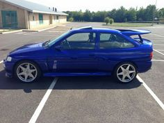 Ford Escort Cosworth Ford Rs, Car Ford, Rims And Tires, Ac Cobra, Ford Classic Cars, Black Wheels, Ford Escort, Nice Cars, Ford Focus