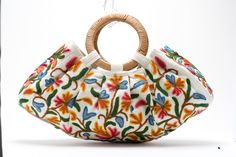 krewel work bag handstiched by a working women's co-op in Kashmire Wooden Handle Bag, Ethnic Bag, Embroidery Bags, Boho Bags, Fabric Bags, Day Bag, Mode Vintage, Cloth Bags, Handmade Bags