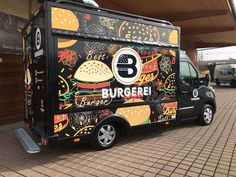 The 14 coolest food trucks in Switzerland - perfect as catering for your wedding! Best Picture For backyard wedding catering For Your Taste You are looking for Food Trucks, Vegan Food Truck, Food Truck Business, Food Cart Design, Food Truck Design, Food Truck Festival, Coffee Truck, Burger, Foodtrucks Ideas
