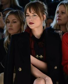 Dakota Johnson /lnemnyi/lilllyy66/ Find more inspiration here: http://weheartit.com/nemenyilili