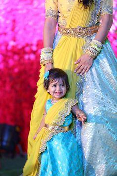 Mom Daughter Matching Dresses, Mom And Baby Dresses, Dresses Kids Girl, 1st Birthday Girl Dress, Birthday Dresses, Frocks For Girls, Kids Frocks, Half Saree Designs, Blouse Designs