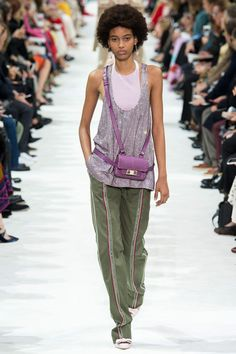 Cool bag Valentino Spring 2018 Ready-to-Wear Fashion Show Collection