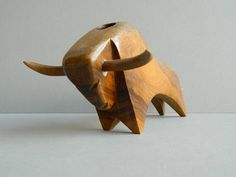 Danish Modern Wood and Twine Bull Figurine Desk by CIVILIZEDMODERN Wood Carving Designs, Wood Carving Patterns, Wood Carving Art, Wooden Art, Wooden Crafts, Wooden Animals, Animal Sculptures, Wood Toys, Wood Sculpture