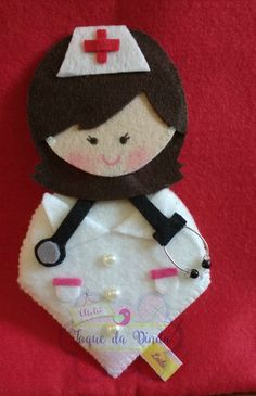 Felt Crafts, Diy And Crafts, Arts And Crafts, Christmas Time, Christmas Ornaments, Felt Patterns, Felt Dolls, Craft Fairs, Bookmarks