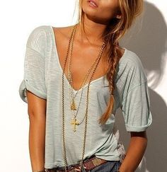 loose shirt, long necklasces and jeans