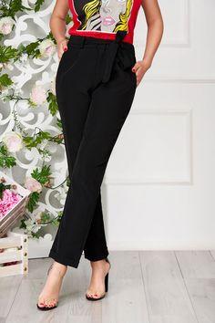 Comanda online, Pantaloni SunShine negri eleganti cu un croi drept si buzunare. Articole masurate, calitate garantata! Capri Pants, Suits, Casual, Fashion, Moda, Capri Trousers, Fashion Styles, Suit, Wedding Suits