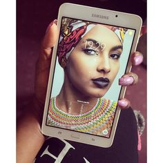 New Baby #SamsungA6 avec en background my sweety she's so cute @afebe_serna  Make up By me: dianemkennedy08@gmail.com  Tenue/Outfit (Foulard  Ce magnifique collier/Amazing necklace): @emotionsbyjoy  Photo by @mrnelio    #tablette #hightech #ebook #makeup #maquillage #beauté #mua #photoshoot #shooting #beauty #emotionsbyjoy #africanqueen #blackgirls #blackgirlsrock #necklace #ootd #muod #samsung #tablettesamsung #onelove #dmk #dianemkennedy by kennedynavy_