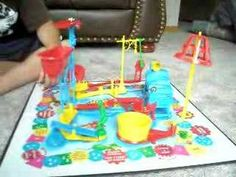 Two morons try several times to get mouse trap to work successfully and they finaly got it on film! Bucket Mouse Trap, Mouse Trap Game, Best Mouse Trap, Homemade Mouse Traps, Catch A Mouse, Rat Traps, Pet Mice, Artwork Display