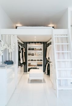 Small Space Organization: This Little Finnish Apartment Has a Really Clever Closet Solution Room Ideas Bedroom, Small Room Bedroom, Bedroom Loft, Bedroom Decor, Tiny Bedrooms, Small Teen Room, Square Bedroom Ideas, Cool Bedroom Ideas, Bedroom Ideas For Small Rooms