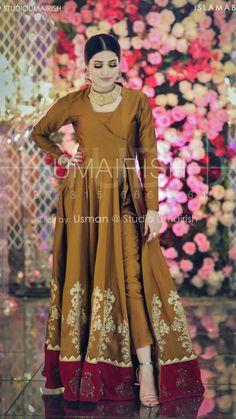Stylish Dress Designs, Stylish Dresses, Simple Dresses, Fashion Dresses, Shadi Dresses, Pakistani Formal Dresses, Pakistani Dress Design, Pakistani Fashion Party Wear, Pakistani Wedding Outfits