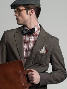 A simple pocket square to go with mixed prints and textures.