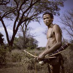"141 Me gusta, 5 comentarios - Jan Regan (@janregan) en Instagram: ""A San hunter. The San are the earliest hunter_gatherers of Southern Africa. . . #unlimitedafrica…"""