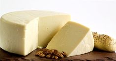 Aged Marisa - Complex sheep milk flavor, and aged to perfection!  Aged for a more intense flavor! Made with pasteurized milk from Wisconsin sheep. Aged Marisa has a strong flavor and is complex with a reminant sheep milk flavor. Aged for 6 months. Perfect with a Chianti, Pinot Grigio or Light Lager Beer.