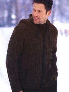 Hooded Jacket (for men)free pattern ♥ 4000 FREE patterns to knit ♥ http://pinterest.com/DUTCHYLADY/share-the-best-free-patterns-to-knit/