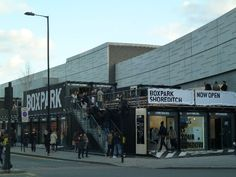 A Walk Through London's Boxpark, the Temporary Mall That's Probably Coming Soon to a City Near You vía @omar_d