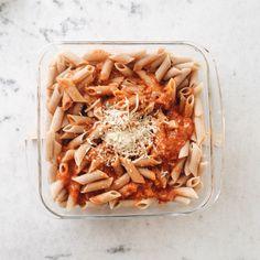 Pene integra a parmegiana Bon Appetit, Recipes, Food, Eating Well, Noodle, Recipies, Essen, Meals, Ripped Recipes