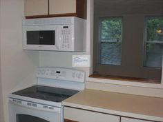 Sunny 1 BD in Allston, New Paint and Appliances | First Choice Realty