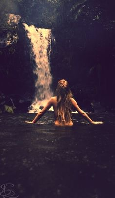 She felt an extraordinary sense of well-being flooding through her whenever she was close to nature.