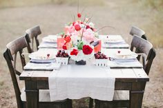 4th of July Wedding Inspiration flowers