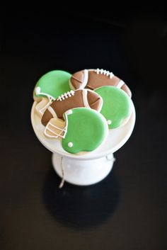 Football Cookies :: The TomKat Studio