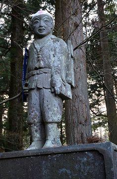 https://flic.kr/p/nmGQzF | Le marcheur Chelou | Divers monstres et divinités du Japon! --- TERATOIID T-shirts / Linogravure / Petite série / Coton bio. www.teratoiid.com www.teratoiid.over-blog.com