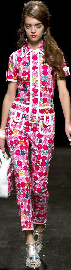 Moschino Ready to Wear Spring