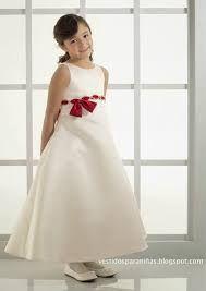 Image result for vestidos de nenas para casamientos con petalos Crystal Wedding, Wedding Centerpieces, Wedding Dresses, Fashion, Dresses Of Girls, Mariage, Bride Dresses, Moda, Bridal Gowns