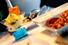 Mashed Potato Bars are a versatile and decadent food optionthat help add some flair toan ordinarywedding reception. They give your guests a chance to step out of their comfort zone and try something new, yet still have familiar items for them to choose from. Plus, who doesn't love creating their own masterpiece?